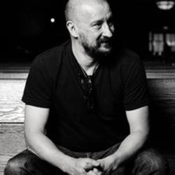 Ringtones gratis Clint Mansell downloaden.